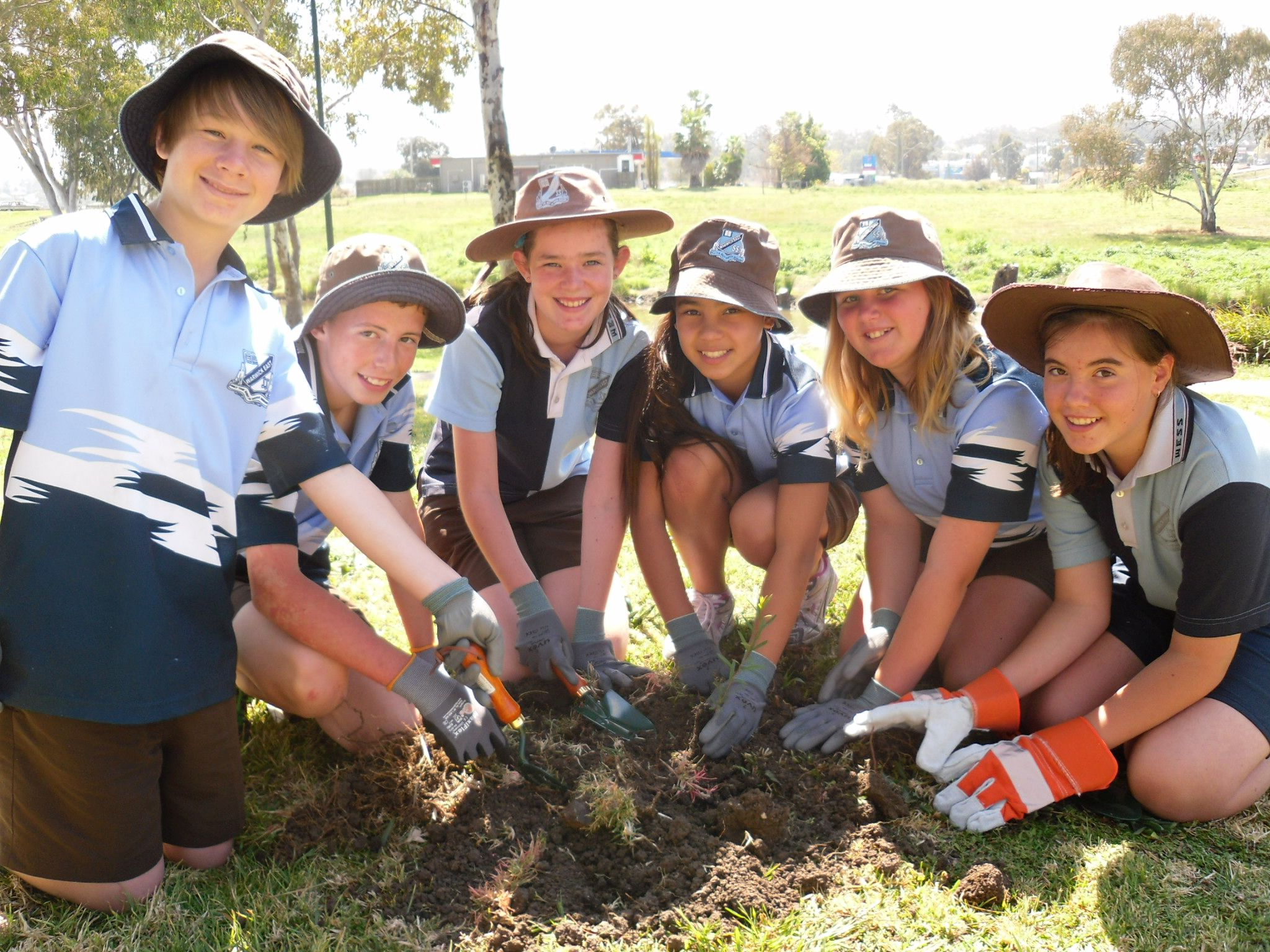 The Dewfish Demonstration Reach has actively engaged local schools. Photo courtesy of the Condamine Alliance.